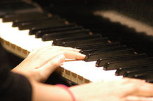 Medium pianokeyboard
